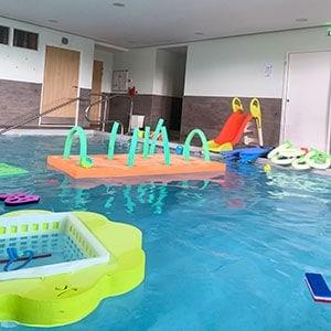 Bébé nageur à Reims au centre Aquatique Aqua'Moment